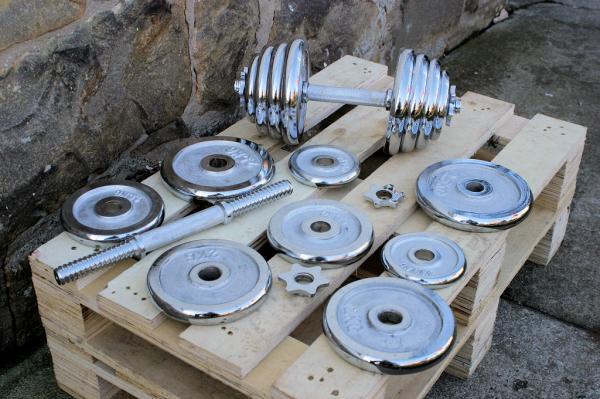 Jednoručky činky 2x15kg za 2100,- CHROM