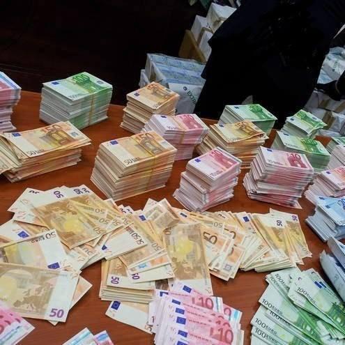 úver ponúkajú zadarmo na slovensko