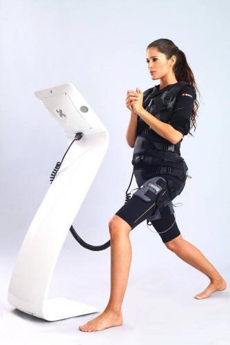 Prodám XBODY/EMS(elektrická stimulace svalů)
