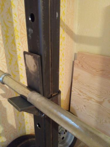 Crossfitová klec ke zdi