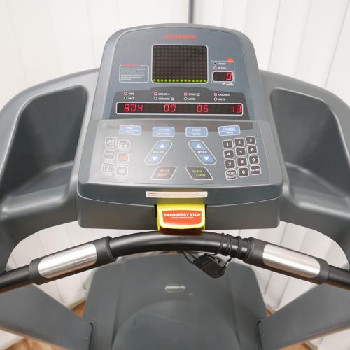 Johnson T7000- kompletně repasovaný běžecký pás