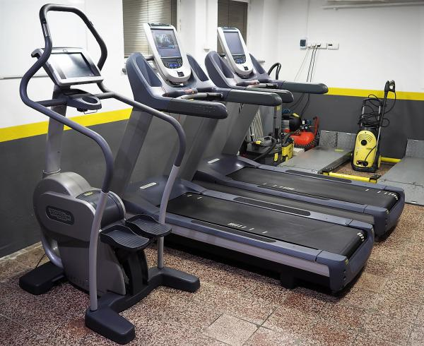 PRECOR TRM 885 P80 Treadmill r.2015-už len 1kus!