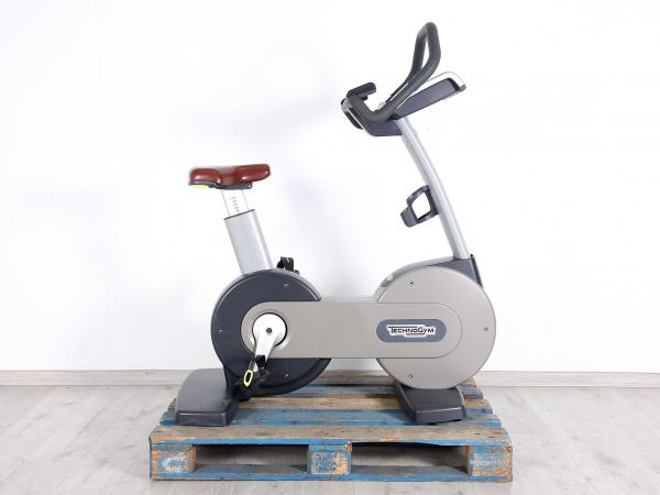TechnoGym New Bike 700 LED.
