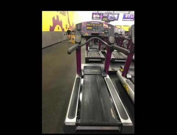 běžecké trenažéry Life Fitness 95Ti Integrity.