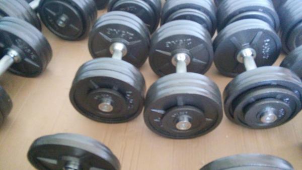 Sada jednoručních činek 5-30 kg
